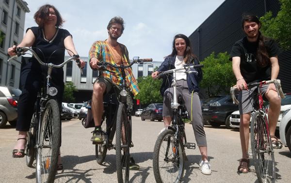 L'équipe de Dowino en vélo ... Dowino, une entreprise éco-responsable !